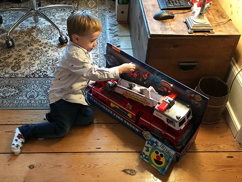 tre års fødselsdag brandbil