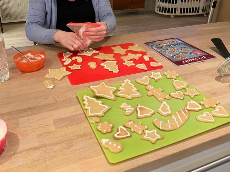 julesmåkager med vaniljesmag og glasur